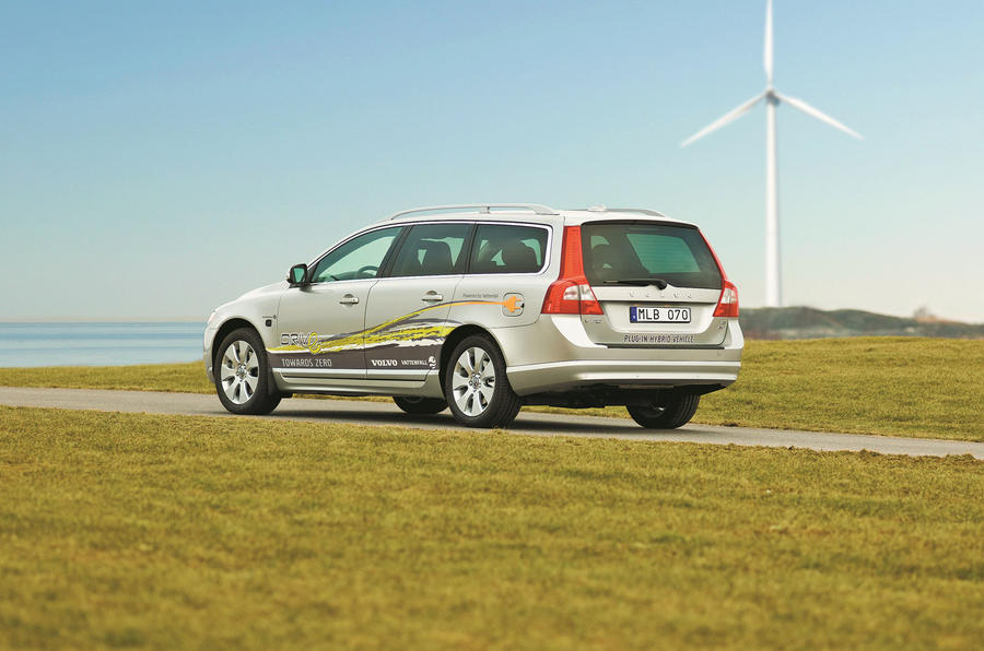 Volvo V70 plug-in hybrid demonstration vehicle