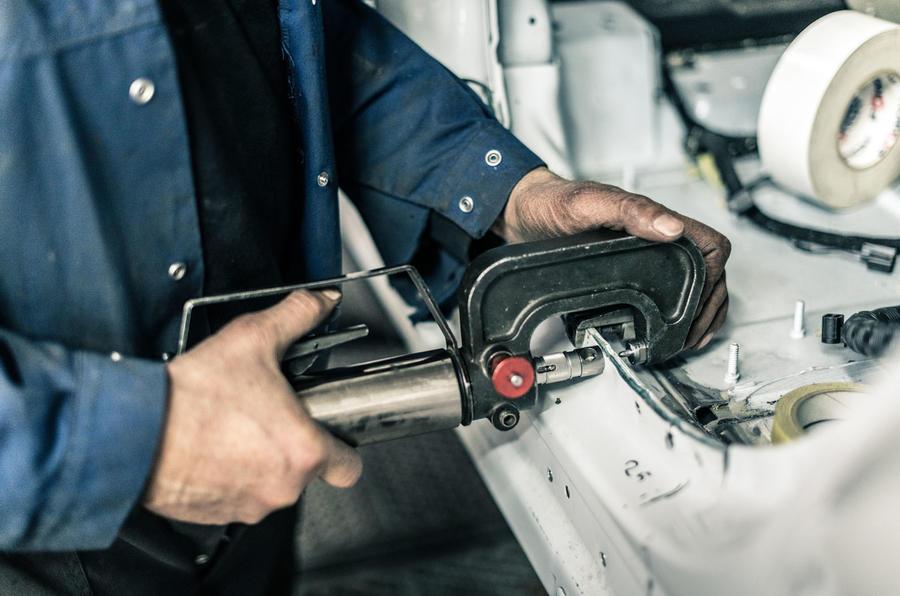 Range Rover-based Adventum Coupé