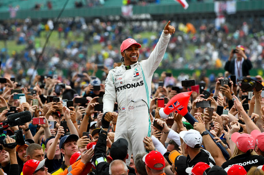 Lewis Hamilton crowd