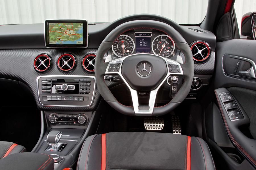 Mercedes A45 AMG 2013 - interior