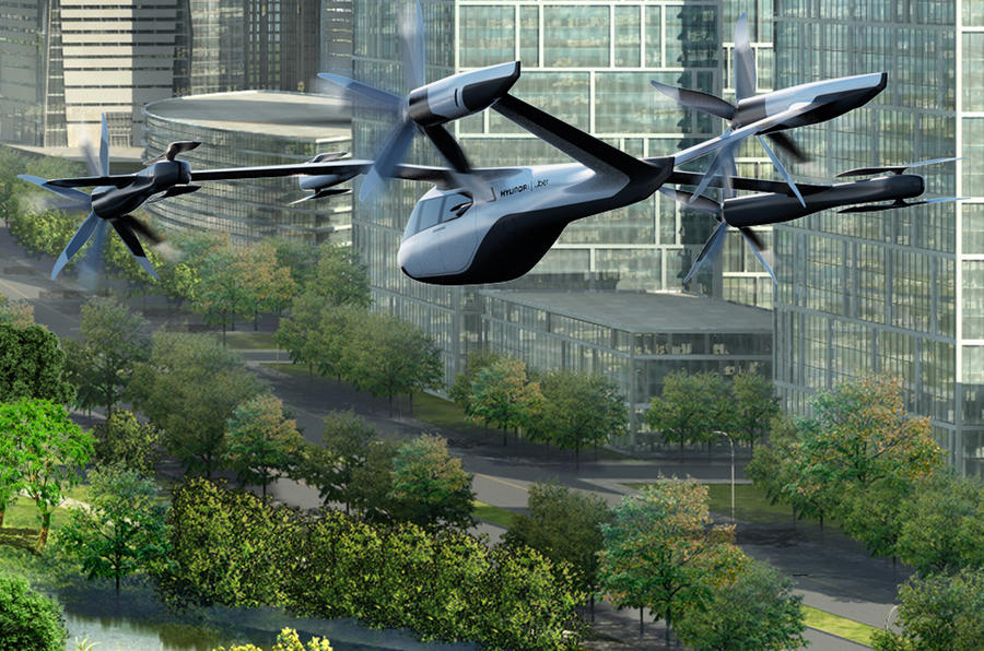 Uber partners with Hyundai to on flying taxi plan