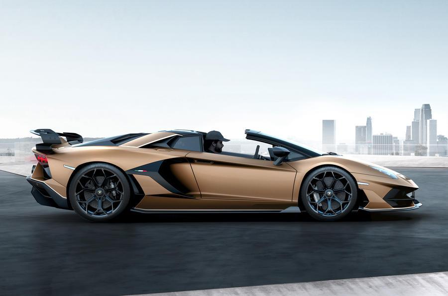 Lamborghini Debuts $574K Drop-Top Aventador SVJ Roadster