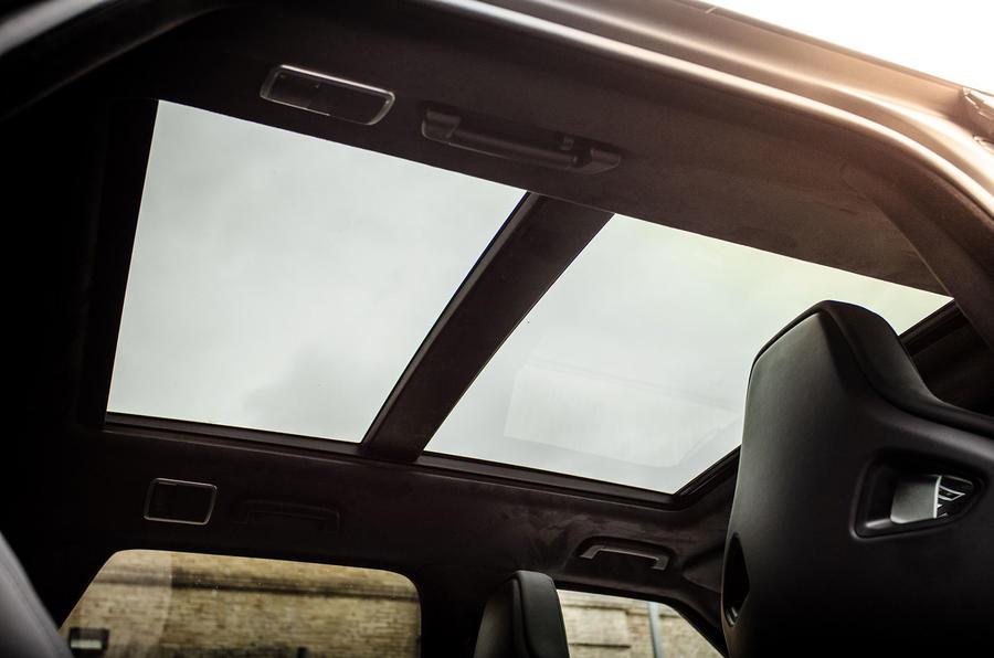 Kahn Design Range Rover SVR Pace Car