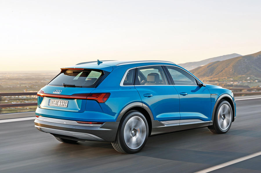 Audi E-tron 2019 official reveal action rear