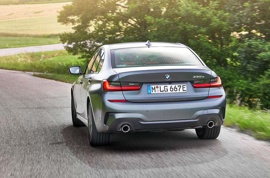 BMW 3 Series 330e 2019 first drive review - hero rear