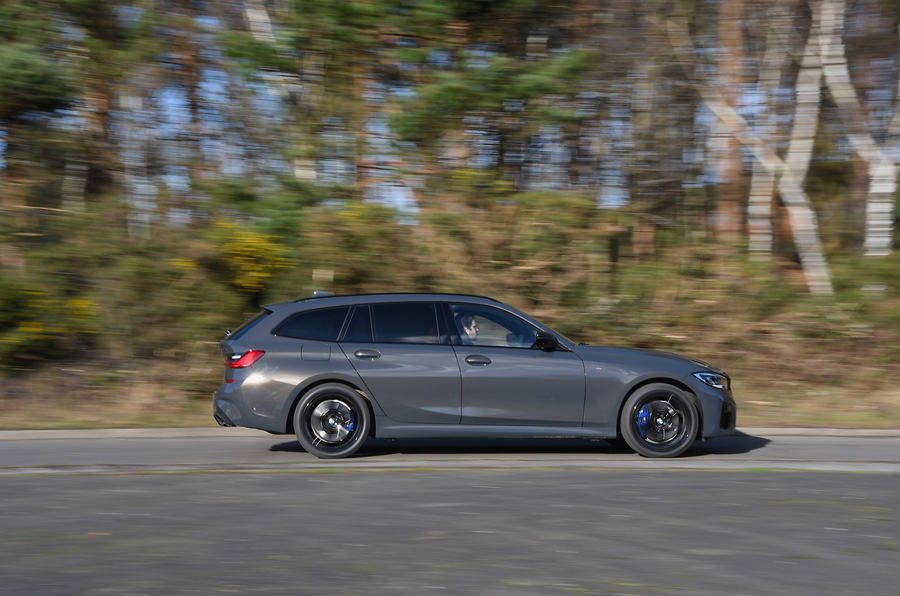 BMW 3 Series Touring M340i 2020 UK first drive review - tracking side