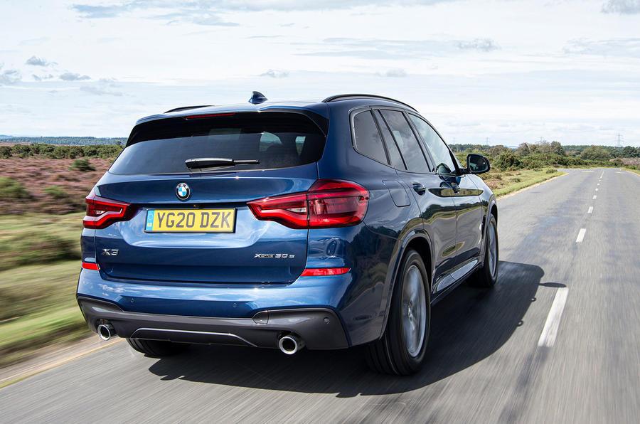 BMW X3 xDrive30e 2020 : premier bilan de conduite au Royaume-Uni - le héros à l'arrière