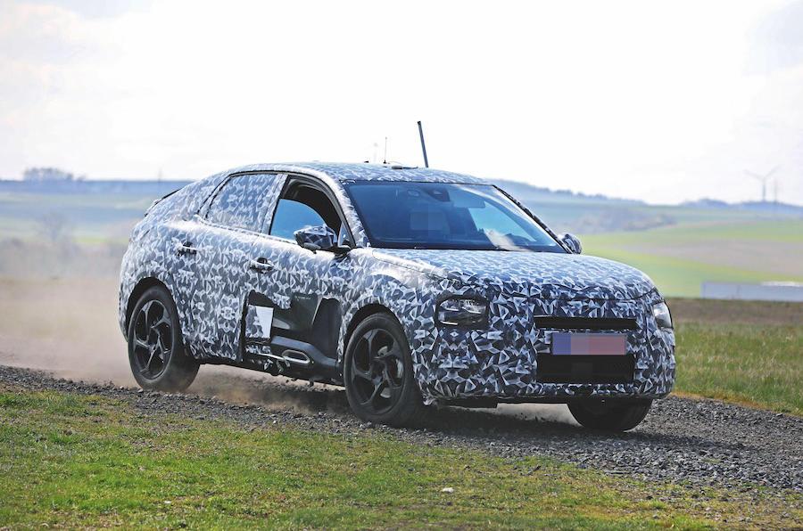 Citroën C4 spy shot