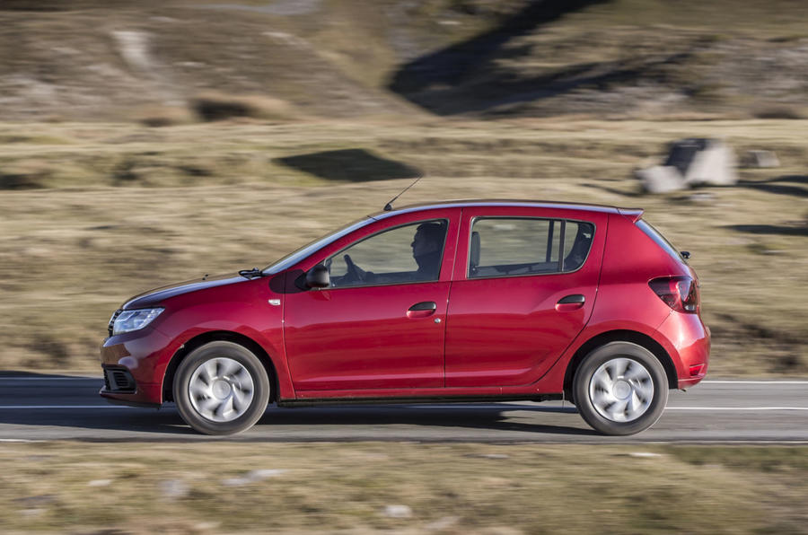 Dacia Sandero 2019 UK first drive review - hero side