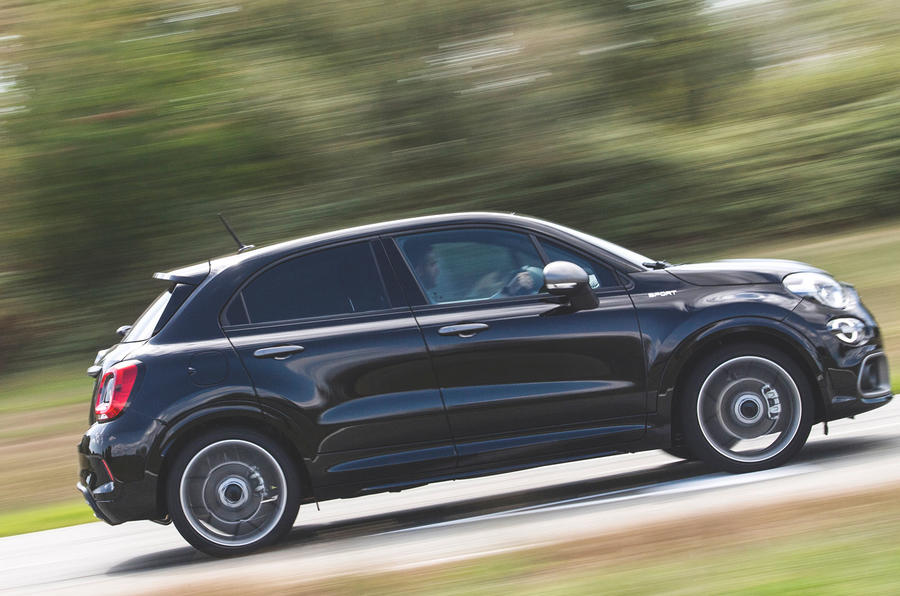 Fiat 500x Sport 2019 first drive review - hero side