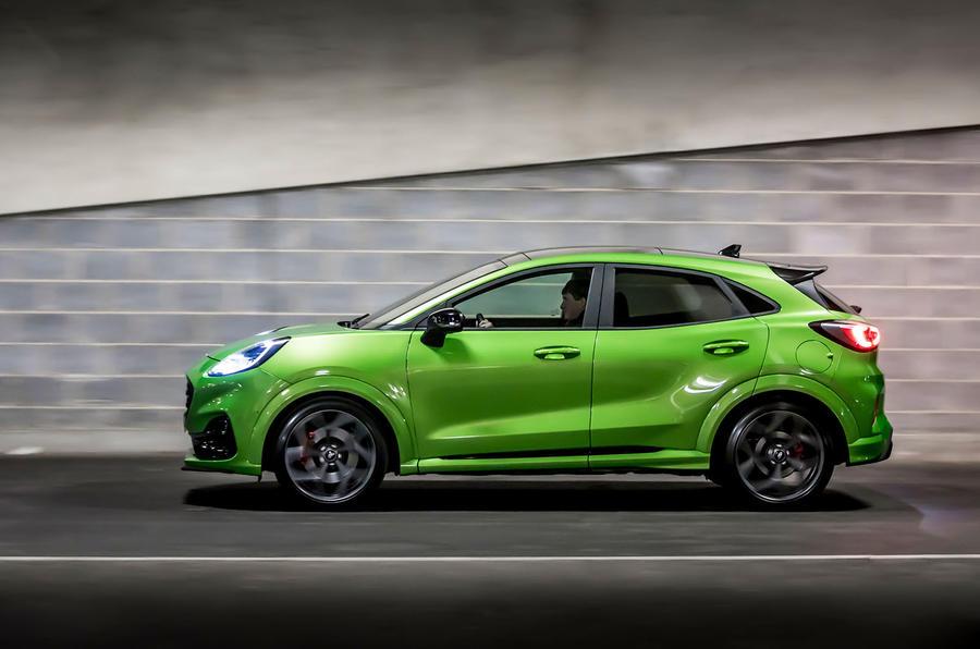 Ford Puma ST 2020 : premier bilan de conduite au Royaume-Uni - côté héros
