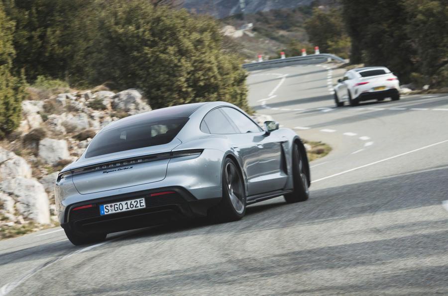 Game Changer 2020 Porsche Taycan - drift