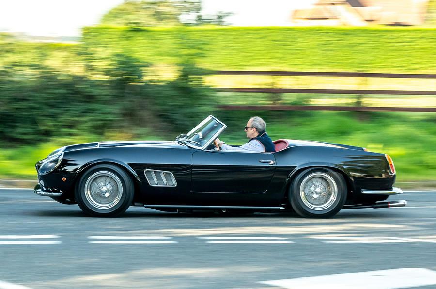 2 GTO California Spyder revival 2021 UE FD côté héros