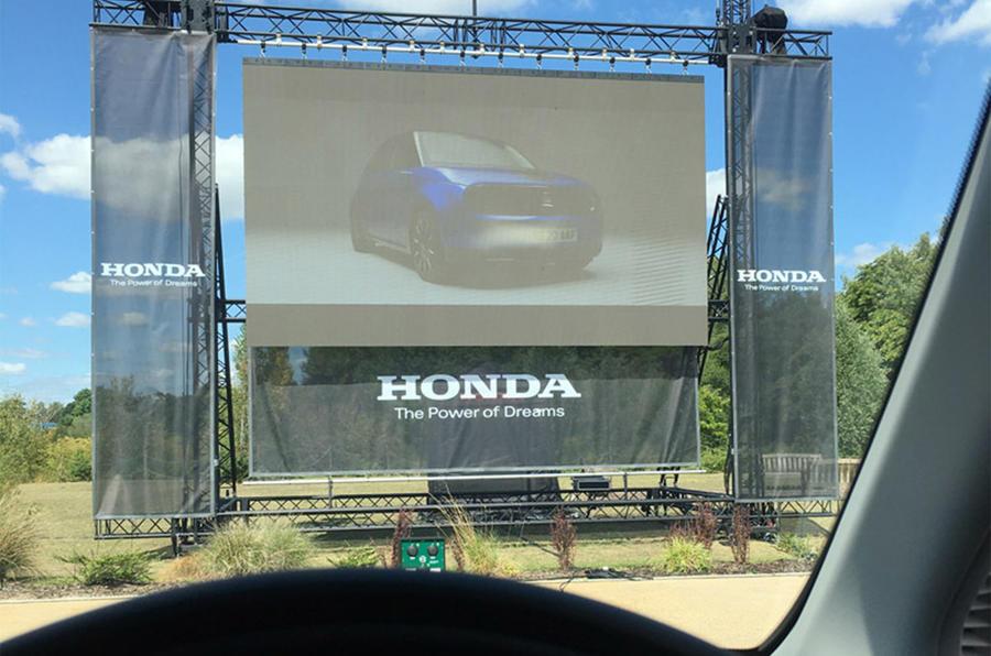 Honda E - drive-through film