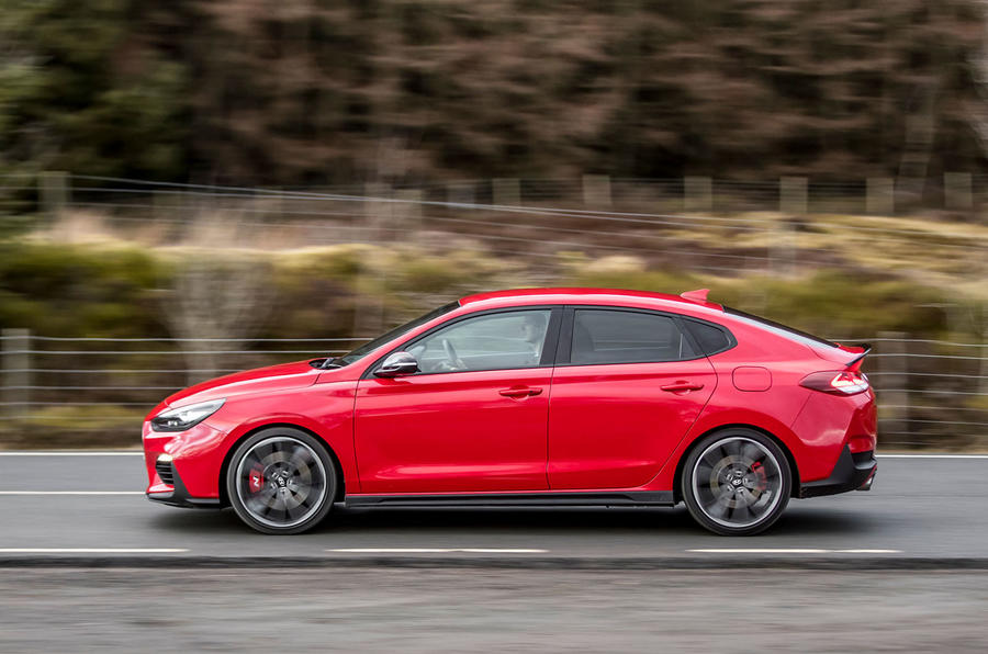Hyundai i30 Fastback N 2019 UK first drive review - hero side