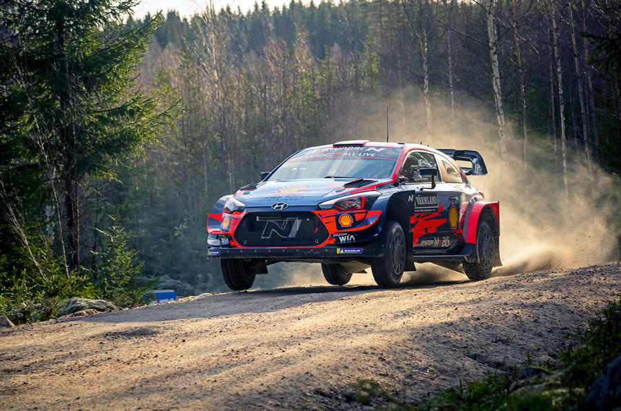 Hyundai rally car - hero front