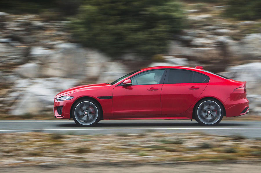 Jaguar XE P300 2019 first drive review - hero side