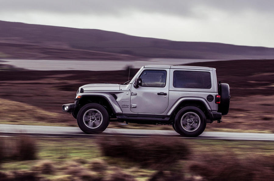 Jeep Wrangler 2019 UK first drive review - hero side