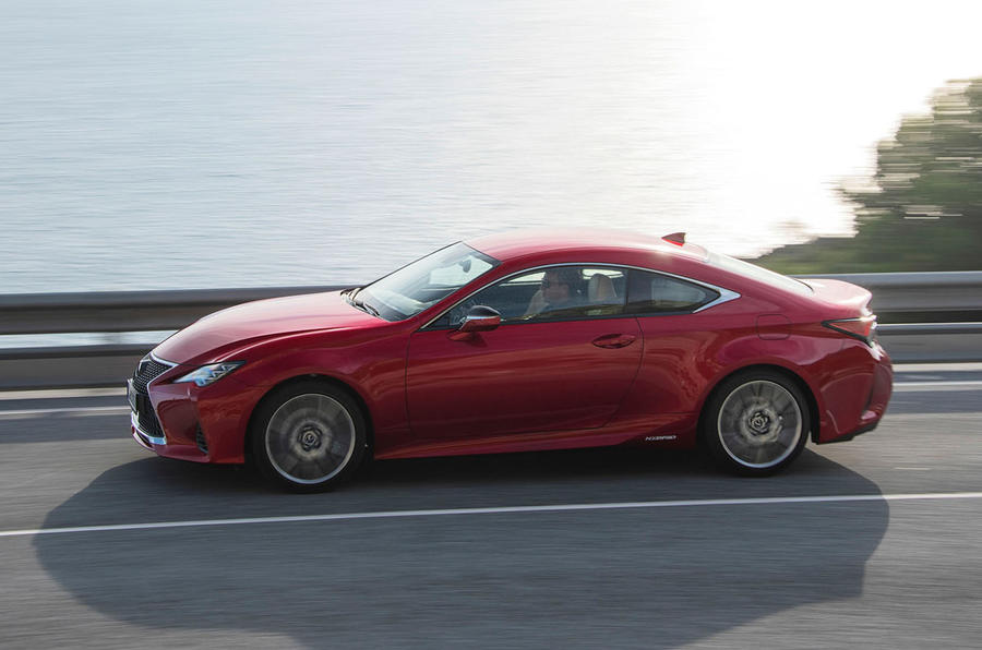 Lexus RC 300h 2019 first drive review - hero side