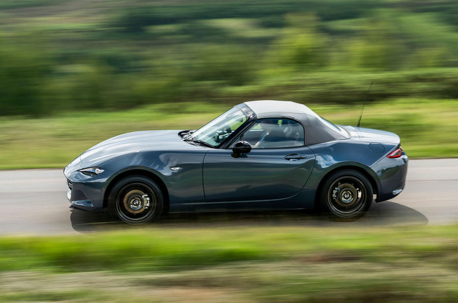 Mazda MX-5 1.5 R-Sport 2020 UK first drive review - hero side