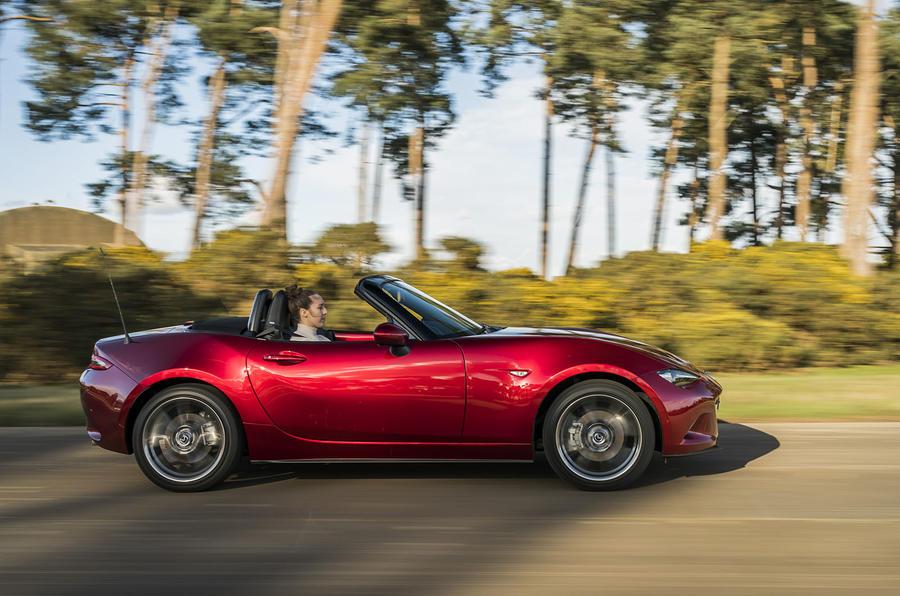 Mazda MX-5 2.0 Sport Tech 2020 : premier bilan de conduite au Royaume-Uni - côté héros