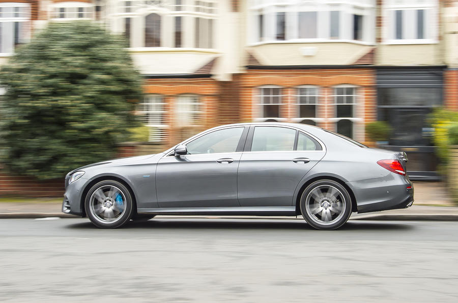 Mercedes-Benz E-Class E300de 2019 UK first drive review - hero side