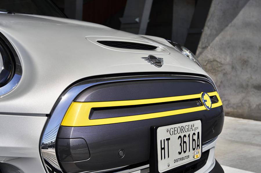 Mini Electric - hero rear