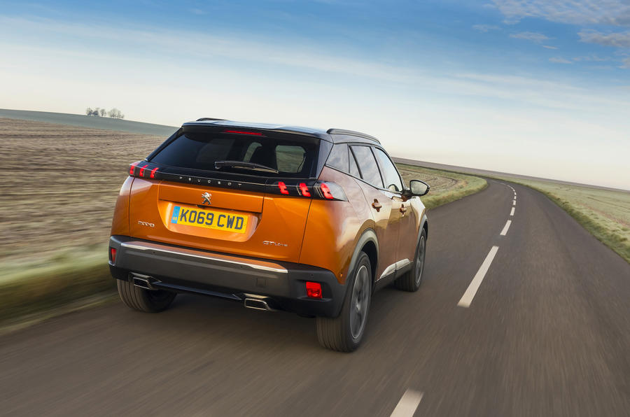 Peugeot 2008 GT Line rear tracking