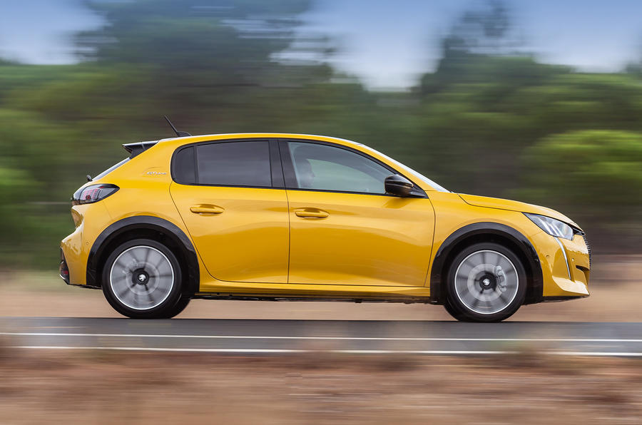 Peugeot 208 GT Line 2020 UK first drive review - hero side