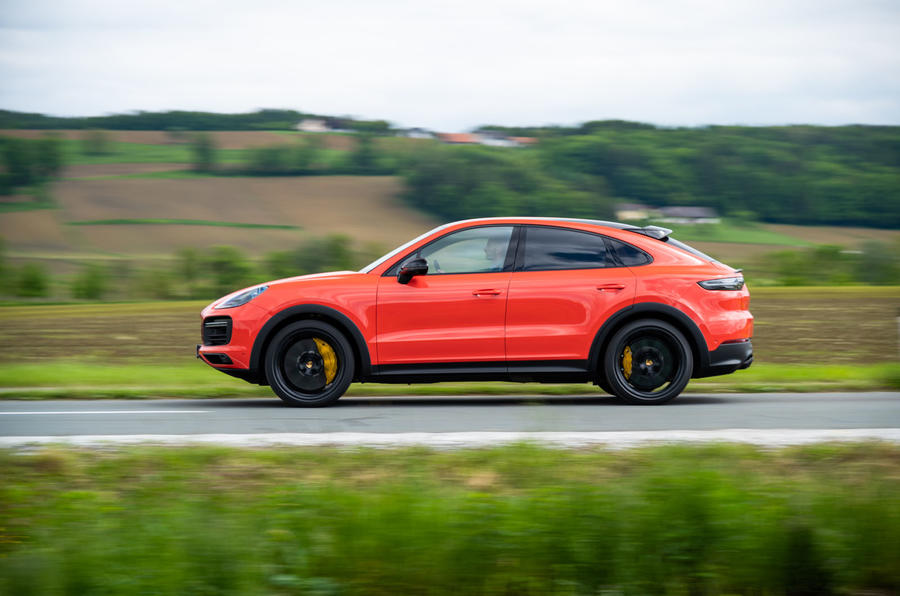 Porsche Cayenne Coupé 2019 first drive review - hero side
