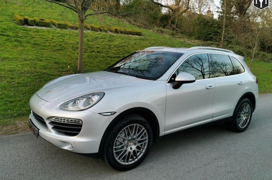 Porsche Cayenne - static front