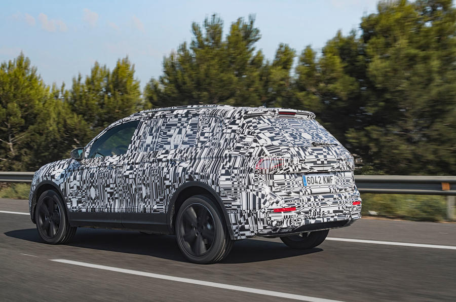 Seat Tarraco Prototype first drive 2018 hero rear