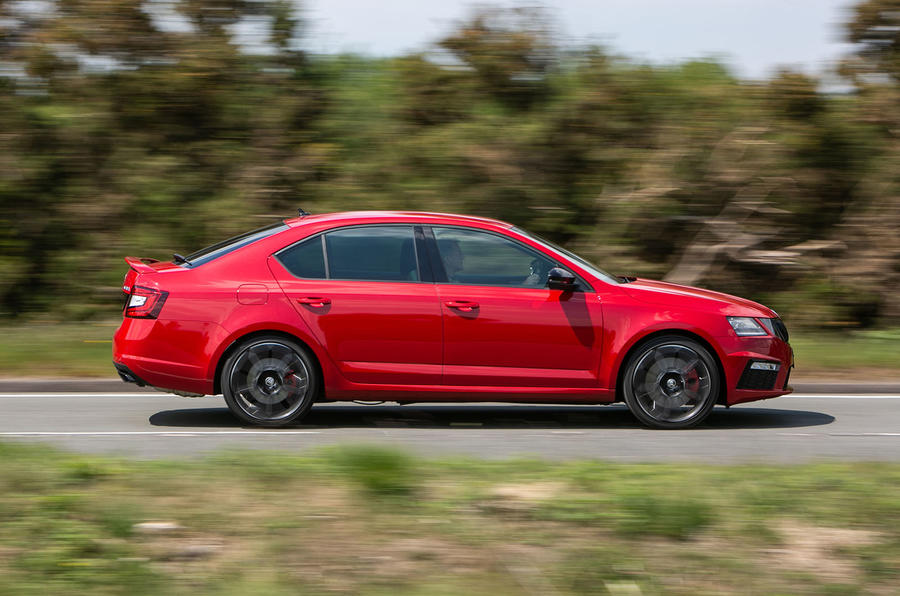 Skoda Octavia vRS Challenge 2019 UK first drive review - hero side