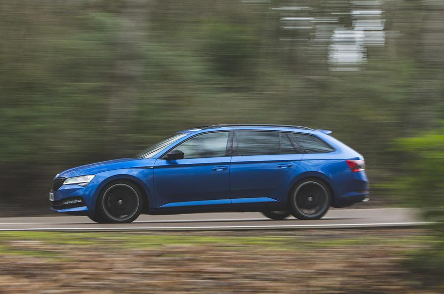 Skoda Superb Estate Sportline 2020 UK first drive review - hero side