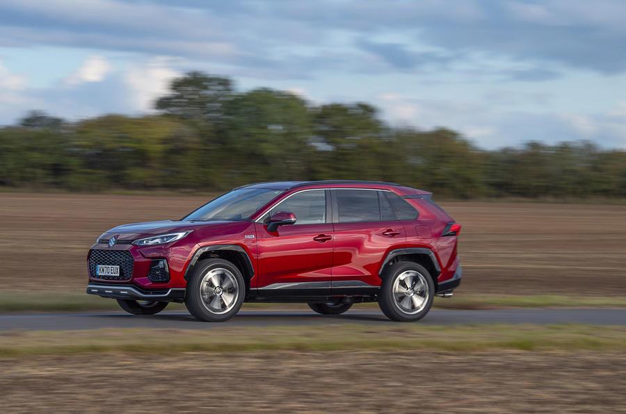 Suzuki Across Hybrid 2020 : premier bilan de conduite au Royaume-Uni - côté héros