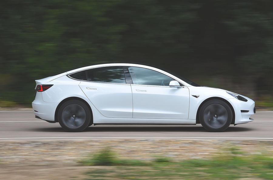 Tesla Model 3 Standard range Plus 2019 first drive review - hero side