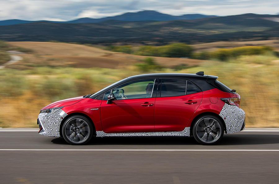 Toyota Corolla 2018 prototype first drive - hero side