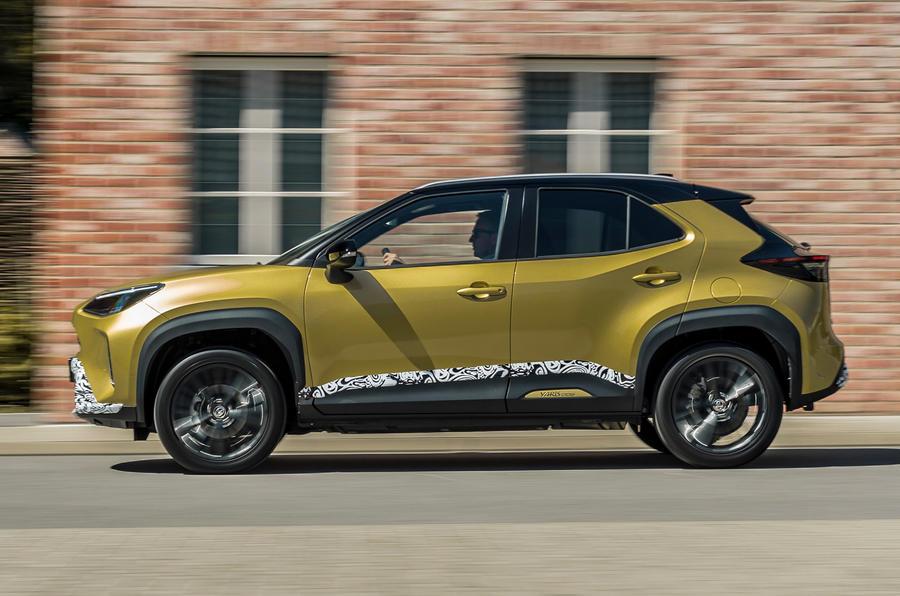 2 Toyota Yaris Cross 2021 UE LHD preprod hero side