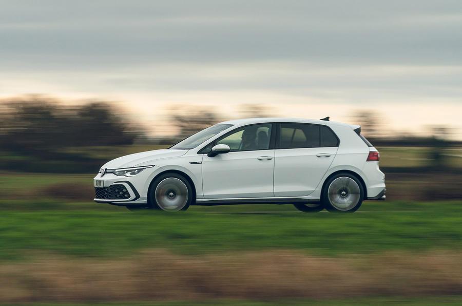 2 Volkswagen Golf GTD 2021 : le premier bilan de conduite au Royaume-Uni côté héros