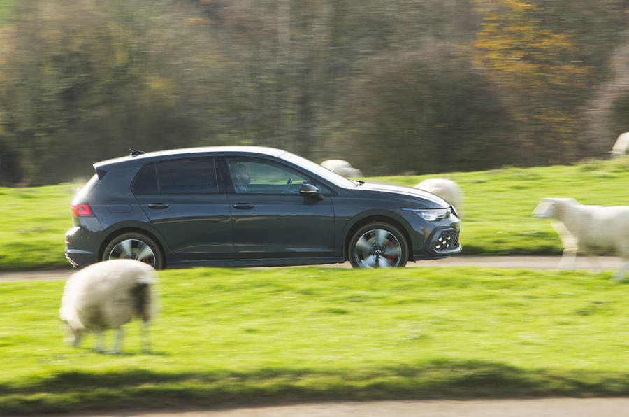 Volkswagen Golf GTE 2020 : premier bilan de conduite au Royaume-Uni - côté héros