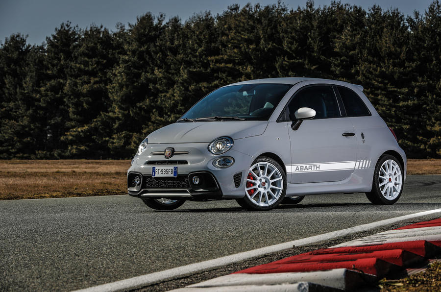 Abarth 595 Essesse 2019 first drive review - static front