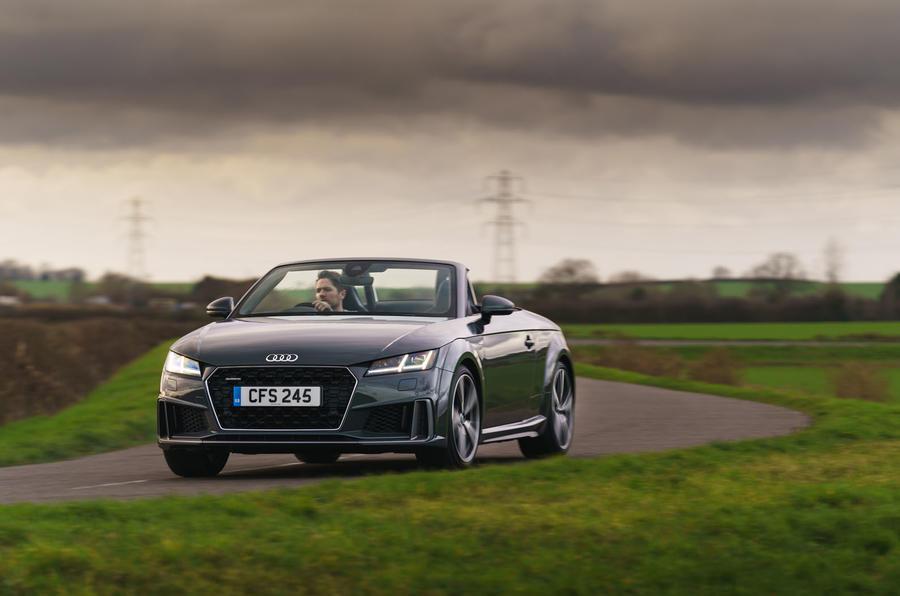 Audi TT Roadster 45 TFSI S line quattro 2019 UK review ...