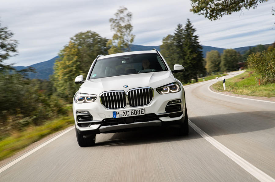 BMW X5 xDrive 45e 2019 first drive review - on the road nose