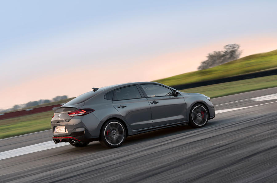 Hyundai i30 Fastback N 2019 first drive review - track drive side