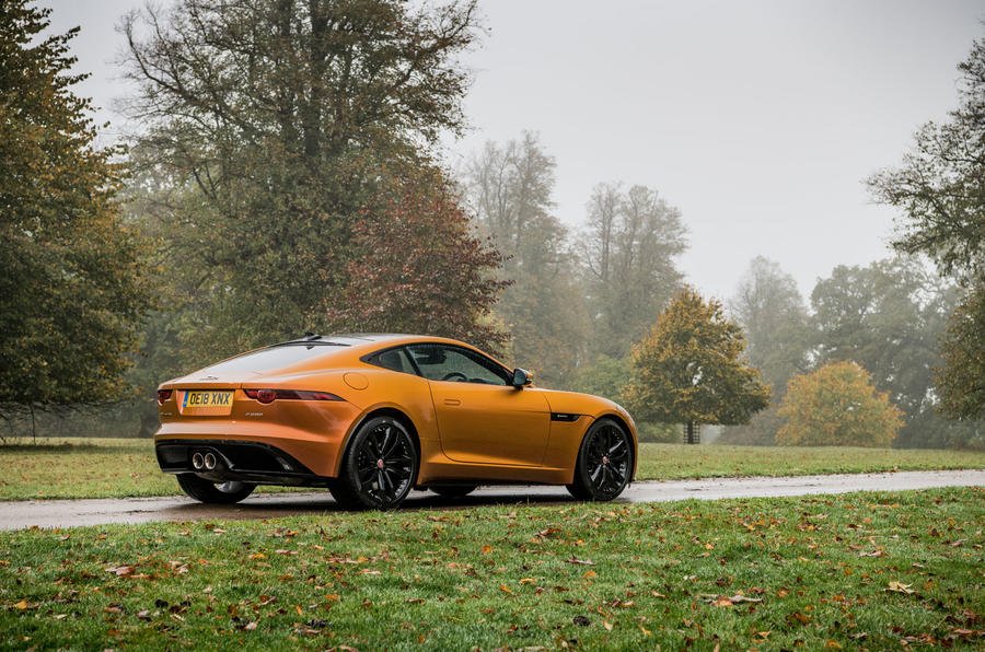 Jaguar F-Type MY2018 first drive review - cornering rear