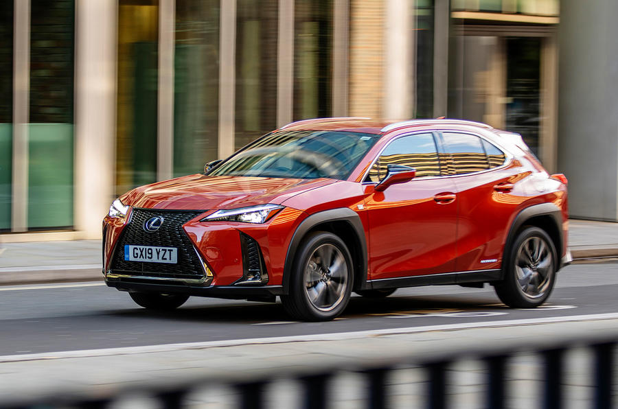 Lexus UX 2019 UK first drive review - on the road front