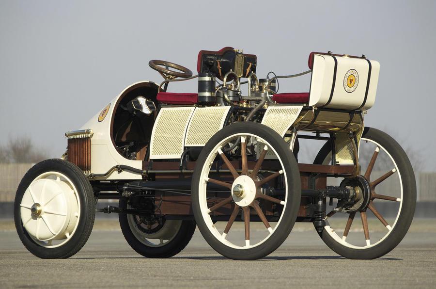 Lohner-Porsche Mixte 1900 - static rear