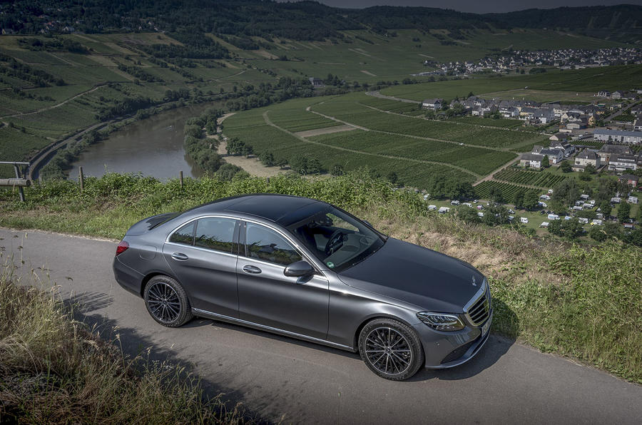 Mercedes-Benz C-Class C200 2018 review static valley