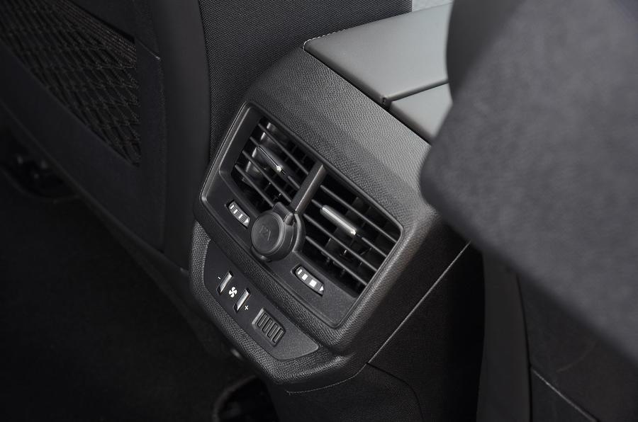 Peugeot 5008 2018 long-term review climate controls