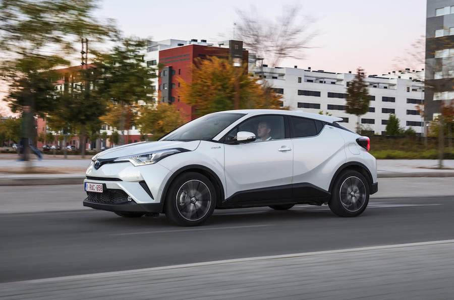 2017 Toyota C-HR 1.8 Hybrid Review